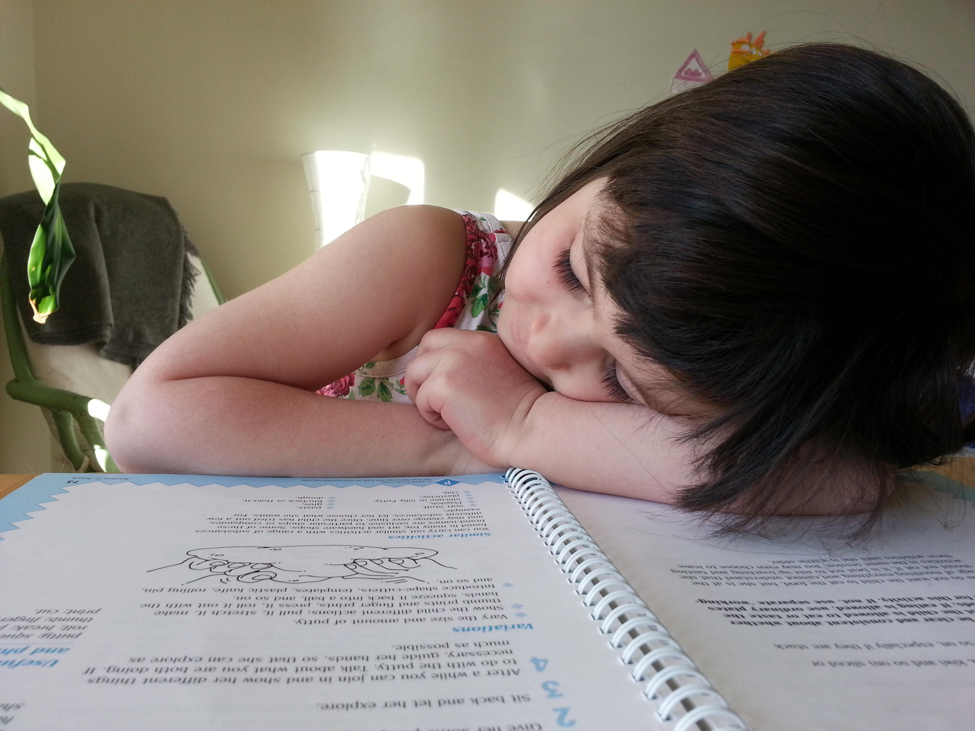 Controlla se il tuo bambino dorme troppo poco