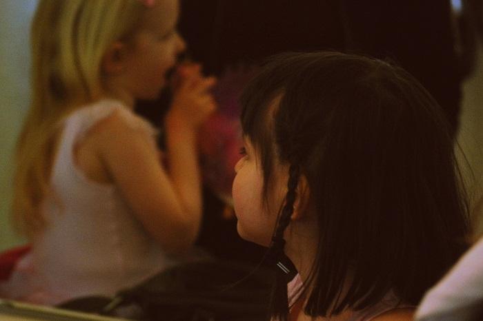 Cosa fare se il bambino non risponde nella lingua con cui gli si parla?